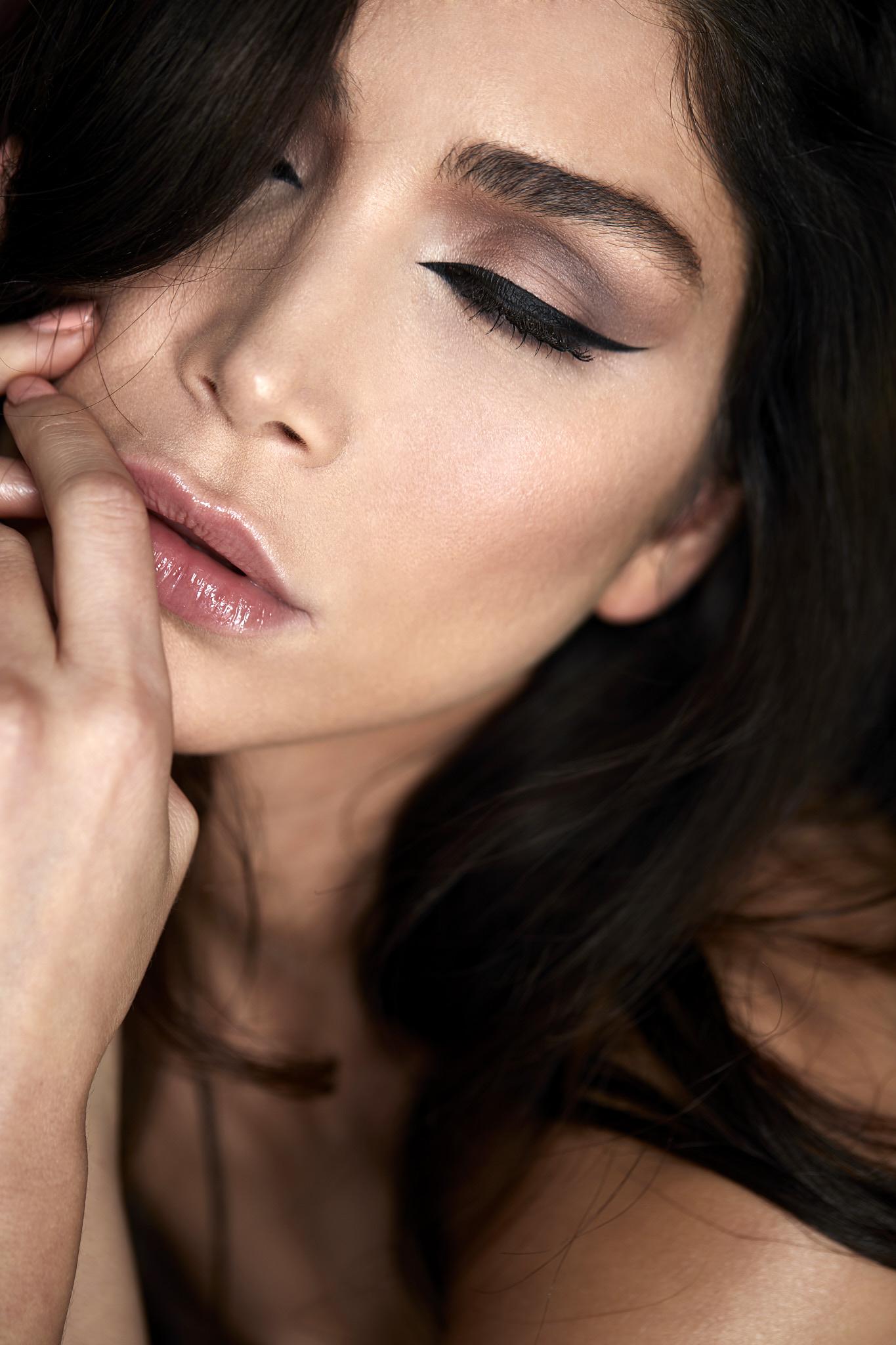 Awissa - Make Up Artist Pascale Oeyen Beauty Shoot